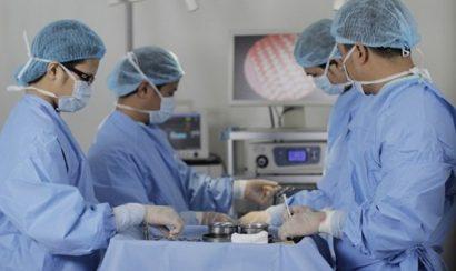 Thực hiện quy trình nâng mông nội soi